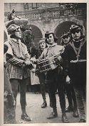 Festa delle matricole: Bologna, 1946: la lettura del bando nelle vie di Bologna