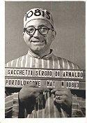 Foto segnaletica: Sergio Sacchetti travestito da detenuto