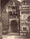 Bergamo: basilica di S. M. Maggiore, portale lato nord