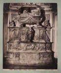 Napoli: chiesa s. Severino: tomba di Bonifacio