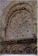 Rosetta sulla facciata della catedrale [i.e. cattedrale] di Troja
