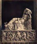 Sarcofago con statua di Arianna: museo Pio Clementino, galleria delle Statue: Roma