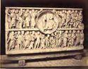 Sarcofago cristiano con clipeo centrale a forma di conchiglia in cui sono raffigurati i due fratelli: museo Lateranense: Roma
