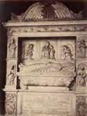 Monumento funebre di Eugenio 4. di Isaia da Pisa: chiesa di S. Salvatore in Lauro: Roma