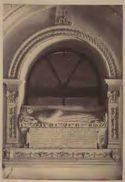 Monumento funebre di Gondisalvo de Veteta: chiesa di S. Maria in Monserrato, chiostro: Roma