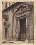 Roma: chiesa di S. Maria dell'Anima: portale mediano con Madonna tra due anime purganti di Andrea Sansovino