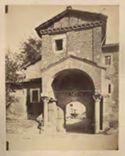 Roma: accesso all'atrio scoperto e alla chiesa di S. Cosimato