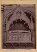 Fosdinovo: chiesa di S. Remigio: monumento a Galeotto Malaspina: (14. secolo)