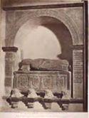 Assisi: chiesa inferiore di s. Francesco: monumento a Blasio di Fernando duca di Spoleto: (14. secolo)