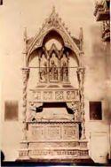 Perugia: basilica di san Domenico: tomba di papa Benedetto 11.