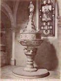 Todi: interno del duomo: il fonte battesimale: (15. secolo)